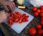 איך חותכים עגבניות בפחות משעה ?