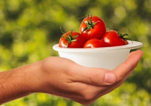 איך לחתוך עגבניות